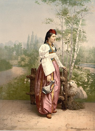 [Girls in native costume, Carniola, Austro-Hungary]