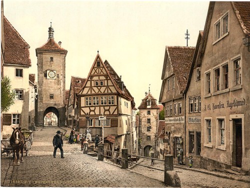 [Ploenlein, Rothenburg (i.e. ob der Tauber), Bavaria, Germany]